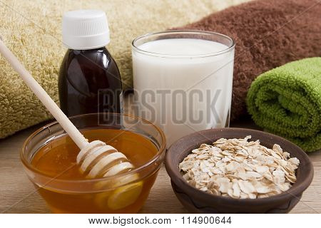 Ingredients For The Manufacture Of Creams