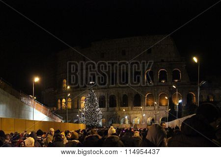 Crowd Of People In Colosseo Street