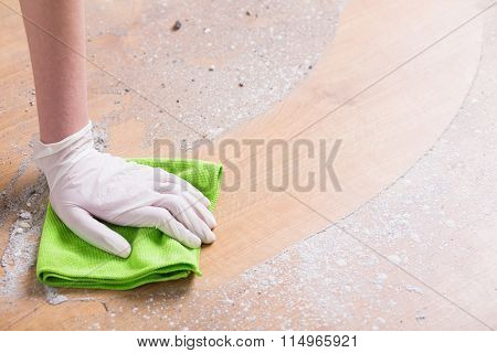 Cleaning With Dishrag