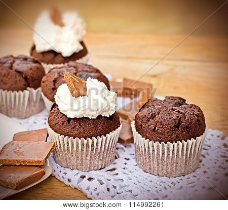 Chocolate muffin with cream
