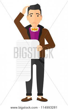 Man holding long bill.