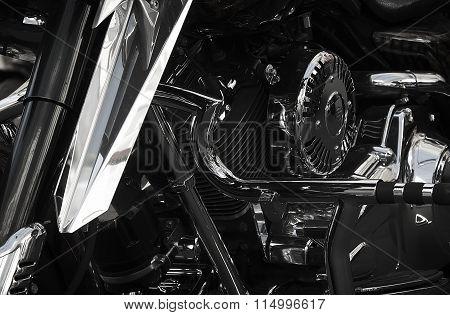 Moto details
