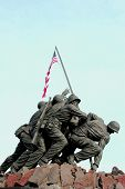 pic of united states marine corps  - statue of marine memorial in washington dc - JPG