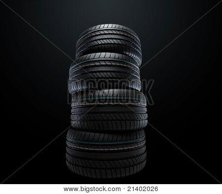 Verão novo pneus empilhados