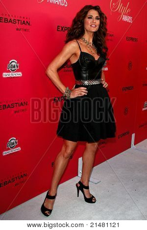 LOS ANGELES - OCT 11: Samantha Harris at Hollywood Life's 6th Annual Hollywood Style Awards at the Armand Hammer Museum in Los Angeles, California on October 11, 2009