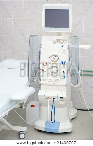 Device for dialysis session in hospital