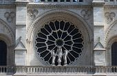 foto of beheaded  - Rose window - JPG