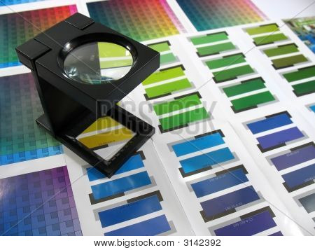 Color Guides With Magnifying Glass 2