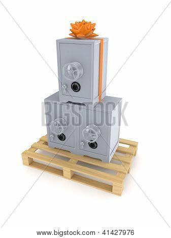 Caja fuerte en la plataforma de madera.