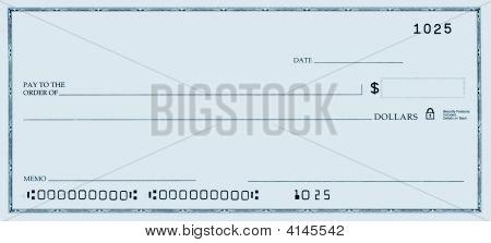 Cheque em branco com números falsos