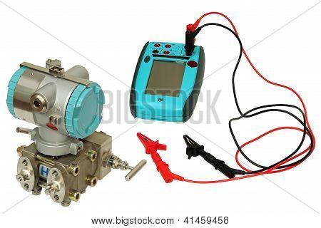 Differential Sensor And Calibrator.