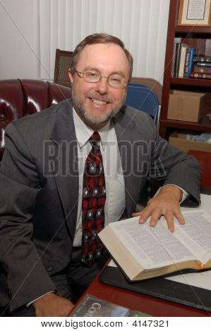 Pastor Alan