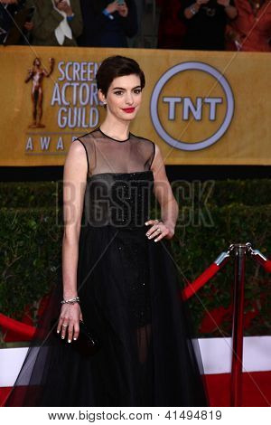 LOS ANGELES - JAN 27:  Anne Hathaway arrives at the 2013 Screen Actor's Guild Awards at the Shrine Auditorium on January 27, 2013 in Los Angeles, CA