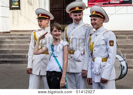 Kyiv, Ukraine - May 19: Three Cadets With Drums  Flirt With Girl In The 'kiev City Day' On May 19, 2