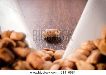Single Peanuts
