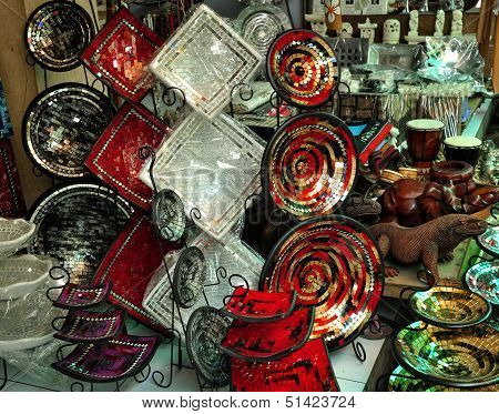 Colorful plates souvenirs