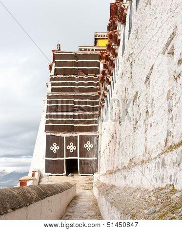 Side Entrance Into Potala Palaca