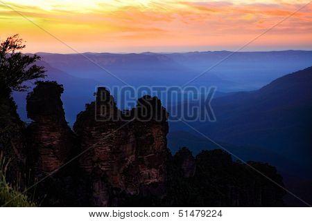 Dawn Sunrise Silhouettes The Three Sisters Blue Mountains Australia