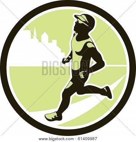 Triathlete Running Side Circle Retro