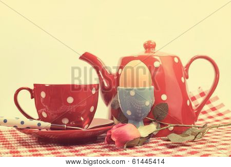 Retro Vintage Red Check Happy Mothers Day Breakfast In Bed With Tea Cup, Tea Pot And Egg In Red And