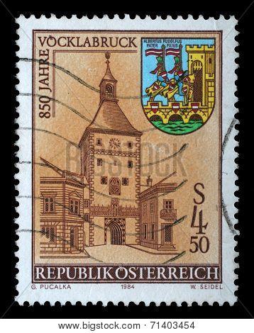 AUSTRIA - CIRCA 1984: stamp printed by Austria, shows Tower, arms, City of Vocklabruck, circa 1984