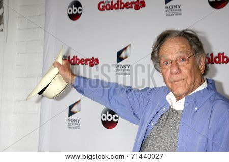 vLOS ANGELES - SEP 3:  George Segal at the
