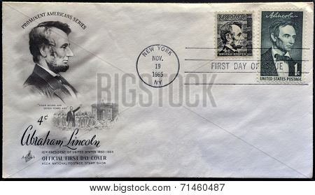 UNITED STATES OF AMERICA - CIRCA 1965: A stamp printed in USA shows President Abraham Lincoln