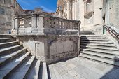 pic of staircases  - Jesuits staircase - JPG
