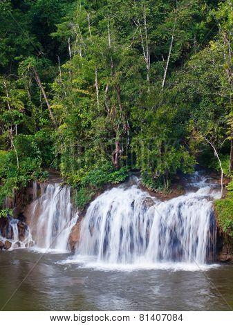 Sai Yok Yai Waterfall