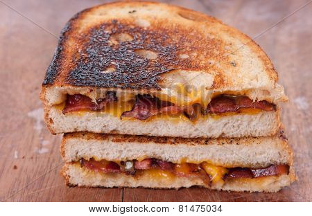 Decadent Grilled Cheese And Bacon Sandwiches With Oozing Cheese