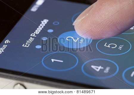 Enter passcode screen of an iPhone