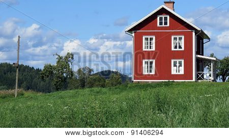 The lonely rural home