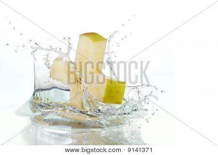 Apple Cross Splashing  In Water