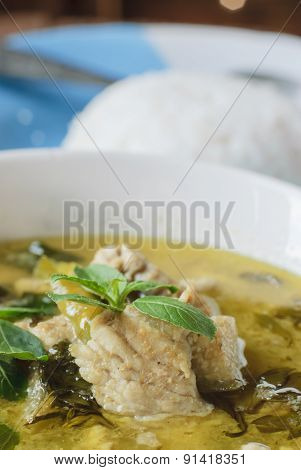 Green Curry With Pork