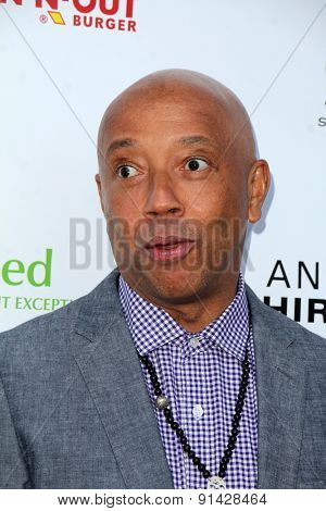 LOS ANGELES - MAY 21:  Russell Simmons at the 17th From Slavery to Freedom Gala at the Skirball Center on May 21, 2015 in Los Angeles, CA