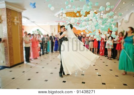 First Wedding Dance With Falling Balloons