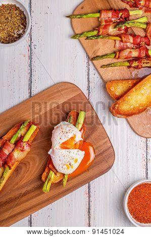 Bruschetta With Grilled Asparagus
