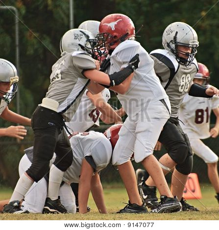 Youth Football Blocking