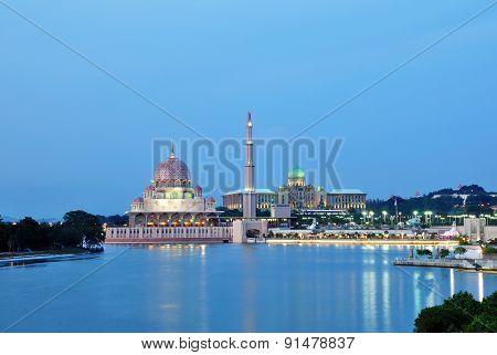 Putrajaya Mosque Malaysia Night Time Scenery