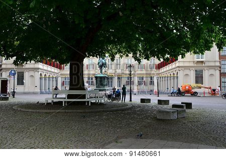 The Hague, Netherlands - May 8, 2015: People Visit Noordeinde Palace, The Hague, Netherlands.