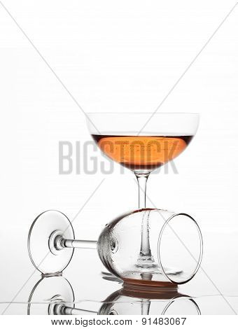The sparking rose wine in the wine glass group set