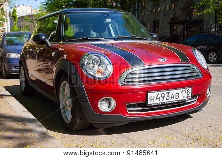 Shining Red Metallic Mini Cooper Car