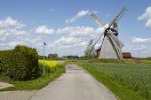 image of windmills  - The windmill Bierde  - JPG