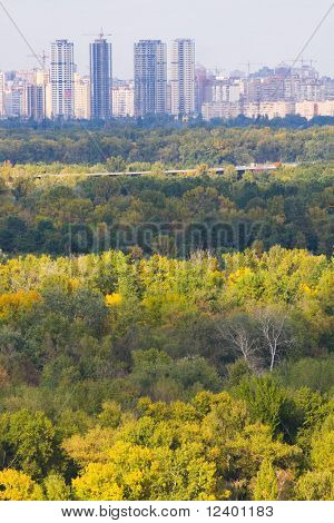 grande vista de panorama-aérea da cidade de Kiev