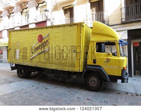 Schweppes Van