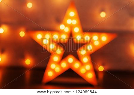 golden star with bulbs