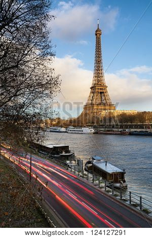 Before sunset at the Eiffel Tower along the Seine River in Paris, France (7th arrondissement)