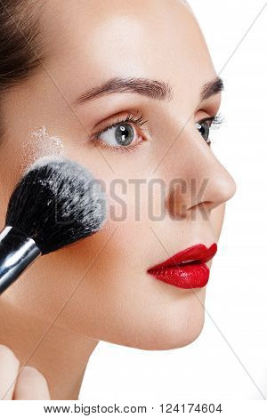 Beauty Girl With Brush Finish Makeup Apply Highlighter. Bright Makeup For Brunette Woman With Beauti