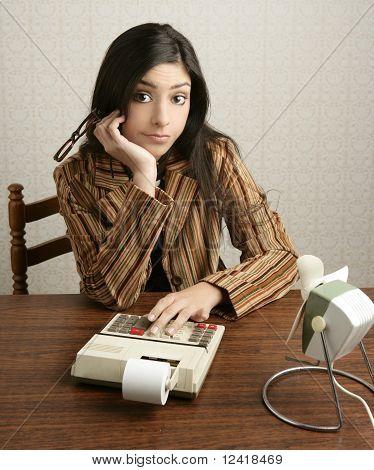 Accountant Retro Woman Calculator Negative Expression