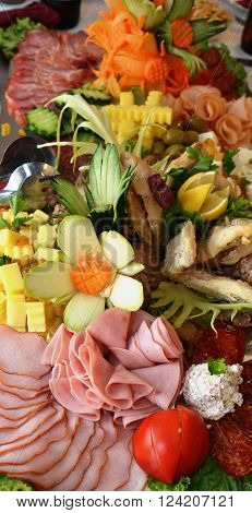 Picture of a Cold cuts well decorated